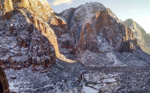 Winter Hiking in Zion National