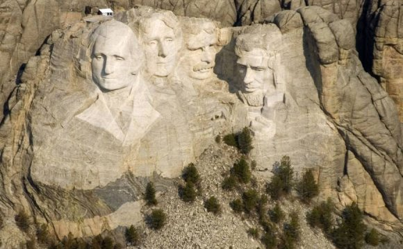 Face-saver: Mount Rushmore